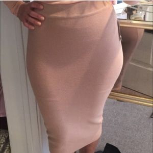 Nude/pink fitted body con skirt